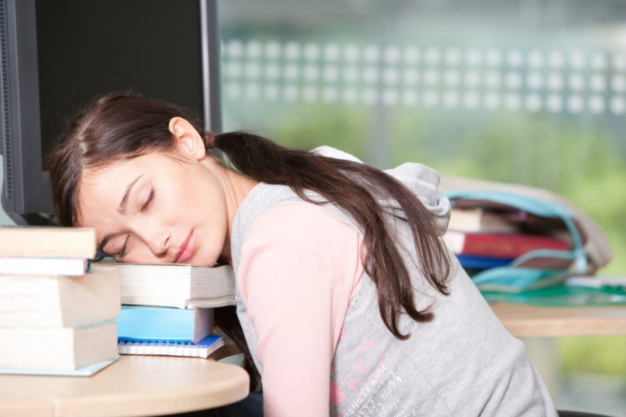 Why Do Students Sleep in on the Weekends?
