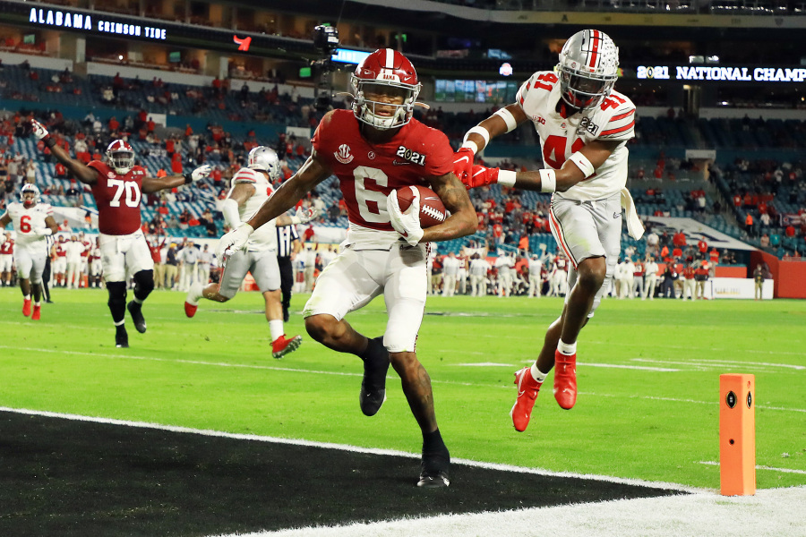 DeVonta Smith scoring a touchdown on Monday.