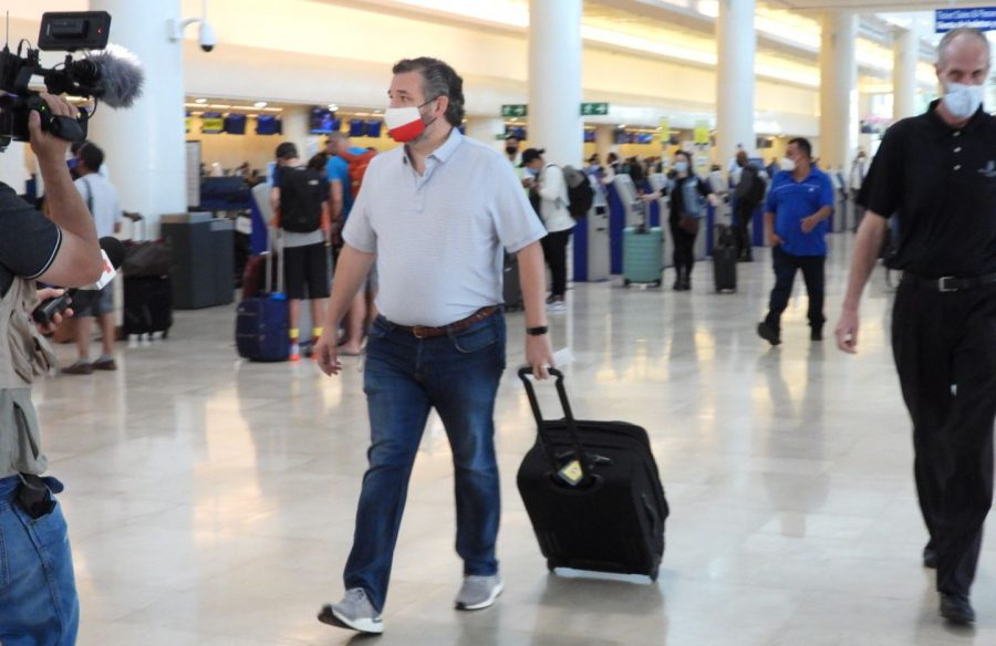 Was Ted Cruz fleeing to Cancun a mistake?